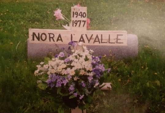 Nora tombe